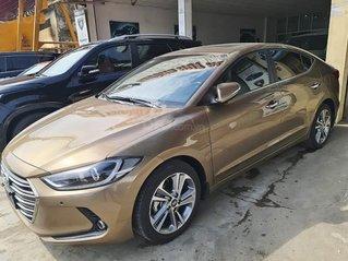 Bán Hyundai Elantra năm 2018, xe chính chủ giá ưu đãi