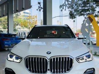 BMW X5 phiên bản M - sport nhập khẩu nguyên chiếc - màu trắng, xe có sẵn - ưu đãi và quà tặng cực lớn