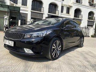 Cần bán xe Kia Cerato sản xuất 2018, màu đen