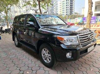 Cần bán xe Toyota Land Cruiser sản xuất năm 2013, nhập khẩu nguyên chiếc