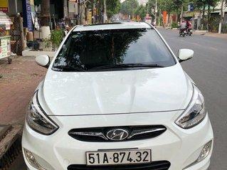 Cần bán gấp Hyundai Accent sản xuất năm 2014