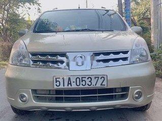 Bán Nissan Livina năm sản xuất 2010, xe chính chủ