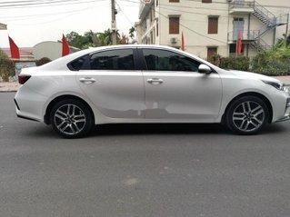 Cần bán xe Kia Cerato sản xuất 2019 còn mới, 615 triệu