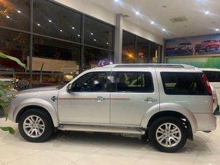 Cần bán gấp Ford Everest sản xuất năm 2013 giá cạnh tranh