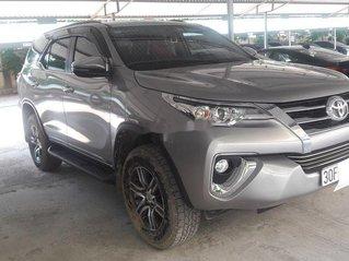 Cần bán lại xe Toyota Fortuner năm sản xuất 2019 còn mới, giá tốt