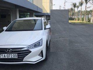 Cần bán Hyundai Elantra 1.6MT năm sản xuất 2019 còn mới