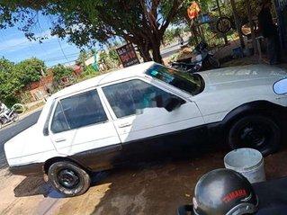 Cần bán Toyota Corona sản xuất năm 1989, màu trắng, xe nhập