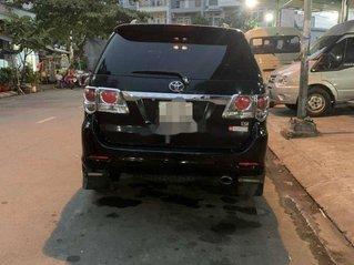 Cần bán gấp Toyota Fortuner AT sản xuất năm 2013, giá chỉ 560 triệu