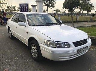 Bán Toyota Camry năm 1999, màu trắng