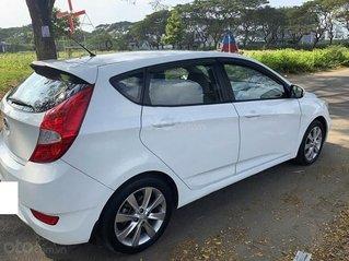Cần bán Hyundai Accent 1.4 AT đời 2014, màu trắng, nhập khẩu