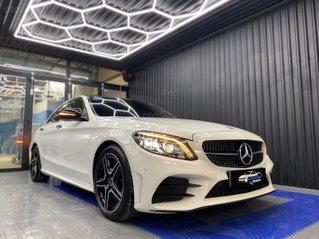 Cần bán gấp Mercedes C300 AMG 2019 siêu lướt