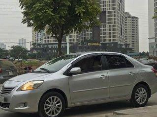 Bán Toyota Vios 2010, màu bạc, giá tốt