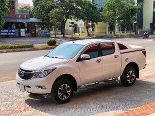Mazda BT-50 màu trắng trai rất mới