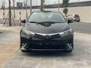 Bán xe giá thấp với chiếc Toyota Corolla Altis 2.0V 2015, xe còn mới
