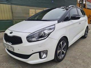 Cần bán lại xe Kia Rondo sản xuất 2016, màu trắng, giá tốt