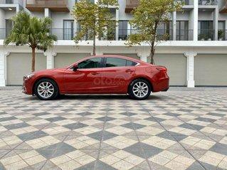 Cần bán lại chiếc Mazda 6 sản xuất 2015, xe giá mềm