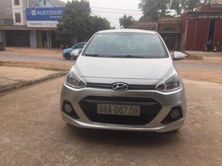 Bán Hyundai Grand i10 2014, màu bạc xe gia đình