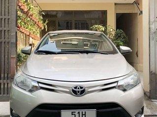 Cần bán gấp Toyota Vios năm sản xuất 2015 còn mới, giá tốt