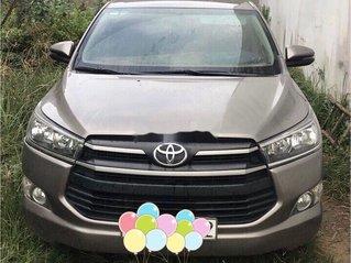 Bán ô tô Toyota Innova sản xuất 2017, xe chính chủ còn mới