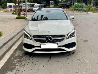 Cần bán xe Mercedes sản xuất năm 2017