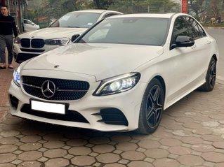 Bán xe Mercedes C300 AMG năm sản xuất 2019