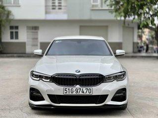 Bán BMW 330i bản M sport model 2020 trắng/đen