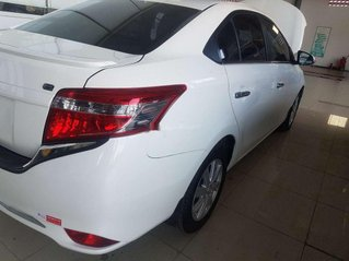 Cần bán Toyota Vios sản xuất năm 2017, giá chỉ 380 triệu