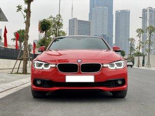 Cần bán lại xe BMW 3 Series 320i sản xuất 2017