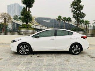 Bán Kia Cerato sản xuất 2017, màu trắng xe nhập giá 575 triệu đồng