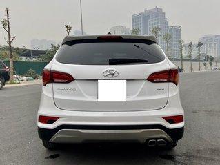 Cần bán lại xe Hyundai Santa Fe sản xuất 2017, giá tốt