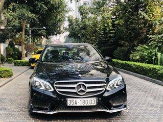 Mercedes-Benz E250 AMG màu đen nội thất màu kem