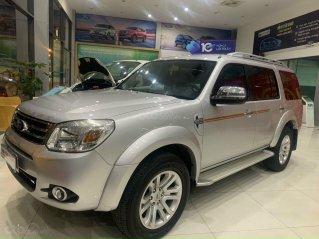 Cần bán xe Ford Everest năm 2013, màu kem (be) nhập khẩu giá 519 triệu đồng