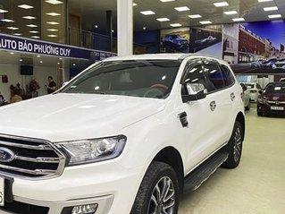 Xe Ford Everest 2019, màu trắng, nhập khẩu nguyên chiếc