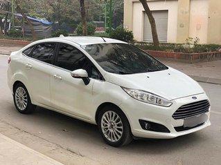 Cần bán xe Ford Fiesta năm 2014, màu trắng còn mới