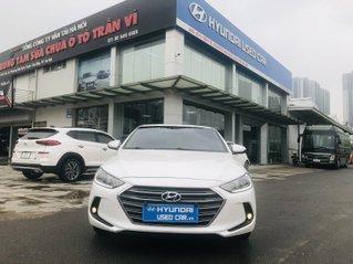 Hyundai Elantra 1.6 AT 2018 sang trọng lịch lãm
