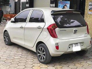 Cần bán gấp Kia Morning sản xuất năm 2013, màu trắng, xe nhập còn mới giá cạnh tranh