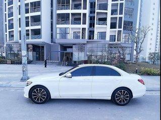 Cần bán lại xe Mercedes C200 sản xuất 2020