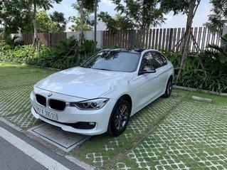 Cần bán lại xe BMW 3 Series 320i năm 2012, xe nhập, giá tốt
