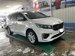 Xe Kia Sedona sản xuất năm 2018, xe nhập còn mới