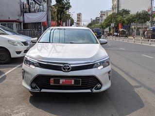 Bán gấp với giá ưu đãi nhất chiếc Toyota Camry 2.5Q sản xuất năm 2019