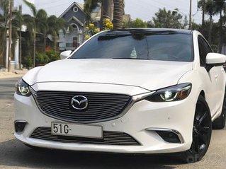 Cần bán xe Mazda 6 2.5 Premium 2017, màu trắng, giá chỉ 736 triệu