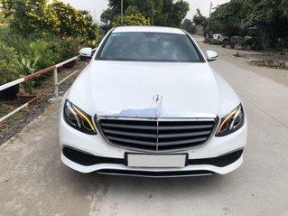 Cần bán xe Mercedes E200 năm 2018, xe giá thấp