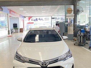 Cần bán Toyota Corolla Altis 1.8G năm sản xuất 2020