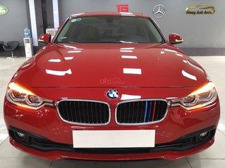 Bán nhanh với giá thấp chiếc BMW 320i sản xuất năm 2016