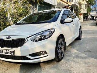 Cần bán Kia K3 sản xuất 2015, màu trắng