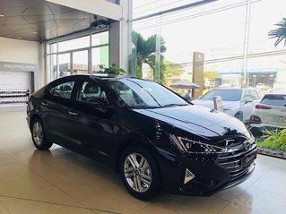 Bán ô tô Hyundai Elantra đời 2020, màu đen, giá chỉ 643 triệu