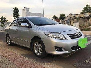 Cần bán Toyota Corolla Altis sản xuất 2009, màu bạc chính chủ, giá tốt