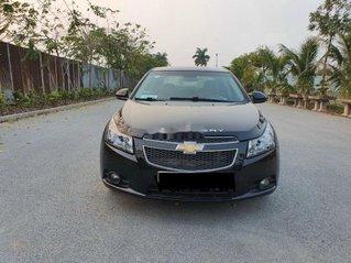 Cần bán xe Chevrolet Cruze sản xuất năm 2010, giá thấp, xe còn mới