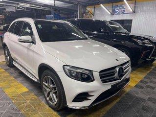 Cần bán xe Mercedes GLC300 sản xuất năm 2018, nhập khẩu