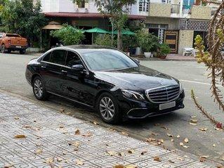 Bán xe E200 màu đen, nội thất đen, sản xuất 2018